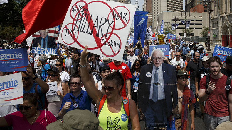 50+ handcuffed at DNC as thousands protest Clinton's nomination (VIDEO)