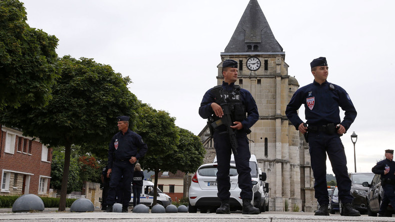 Soldiers to patrol French beaches popular with British tourists amid terrorism alert