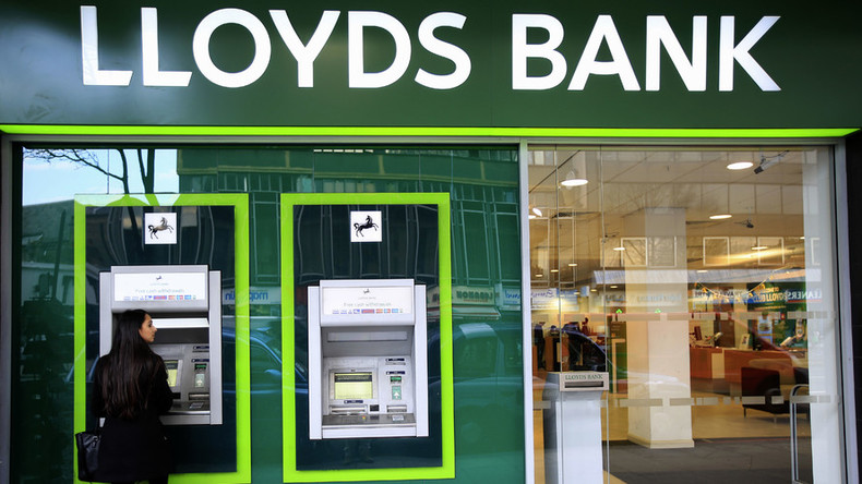 Lloyds to shed further 3,000 jobs, double branch closures