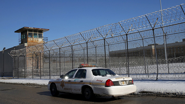 Inmates seize top level, take hostage at Cook County Jail