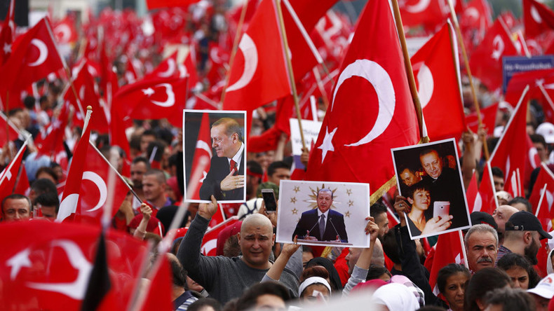 40,000 rally to back Erdogan in Cologne, Germany amid counter-protests (PHOTOS, VIDEO)