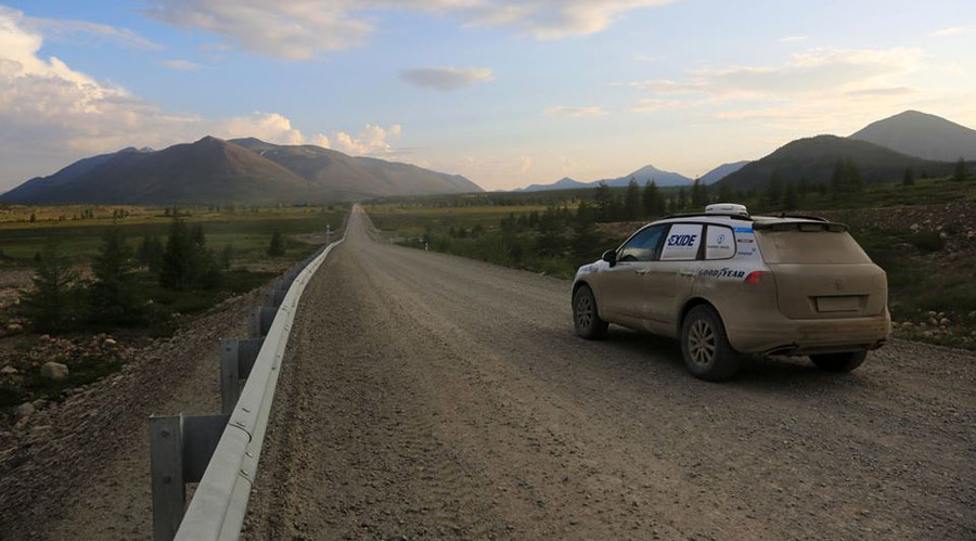 German team drives VW Touareg 15,000km from Magadan to Lisbon in record 154 hours