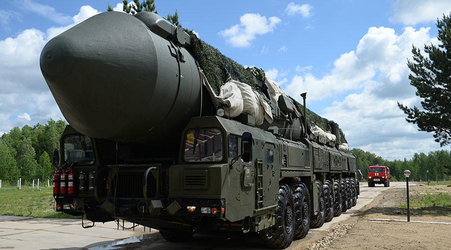 Yars & Topol-M intercontinental ballistic missiles rumble in massive Russian drill