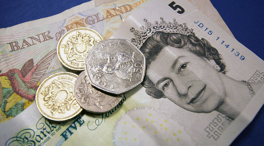 Pound rallies as UK political storm subsides