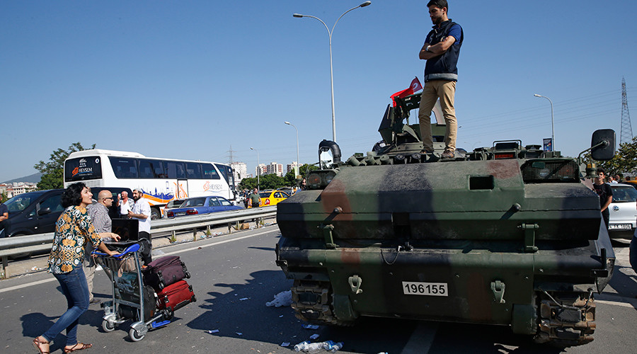 Tourists stranded in chaotic aftermath of Turkey's attempted coup