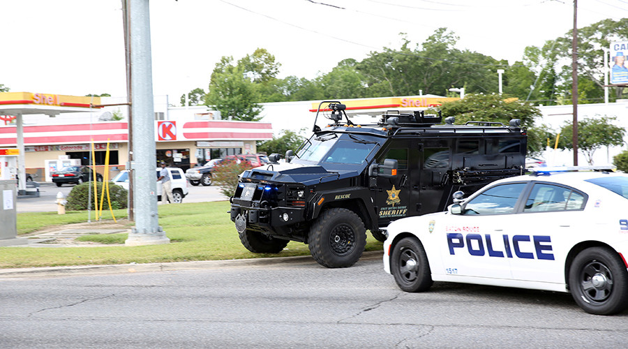 Baton Rouge shooting: 3 police dead & 3 injured, shooter dead – LA superintendent