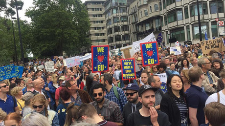 Tens of thousands of anti-Brexit protesters hit streets of London
