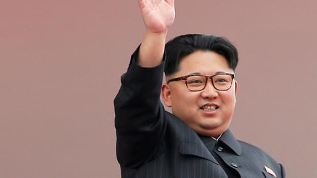Battle of the bulge: Binge drinking & eating leaves N. Korean leader overweight – report