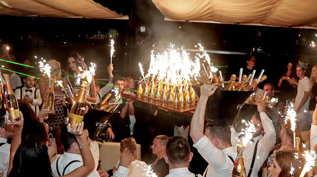 €250k on champagne in Monte Carlo: Russian players party after Euro 2016 failure (VIDEO)