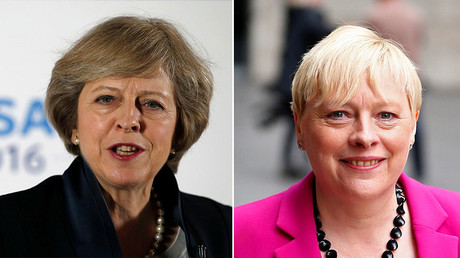 Britain's Home Secretary Theresa May (L) and former Labour Party Business policy chief Angela Eagle. ©Reuters