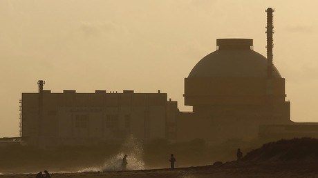 Police patrol on a beach near Kudankulam nuclear power project in the southern Indian state of Tamil Nadu © Adnan Abidi