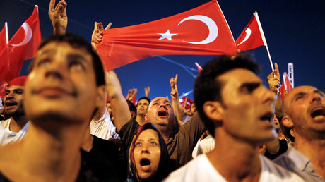 Thousands celebrate at Taksim Square after failed coup attempt (VIDEO)