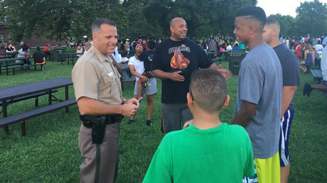 Black Lives Matter protest becomes a picnic with police
