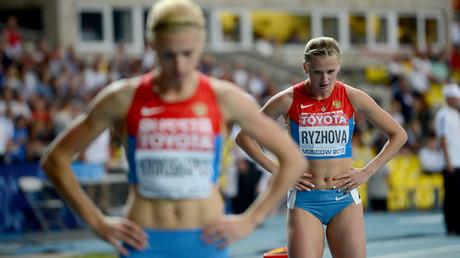File photo: Russia's Antonina Krivoshapka, left, and Ksenia Ryzhova © Vladimir Astapkovich