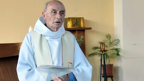 #JeSuisPrêtre: Twitter lights up in prayer for priest murdered in Normandy