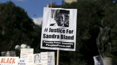 Officer involved in Sandra Bland arrest claims he was forced into silence