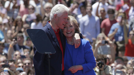 U.S. Democratic presidential candidate Hillary Clinton and her husband former President Bill Clinton. © Brendan McDermid