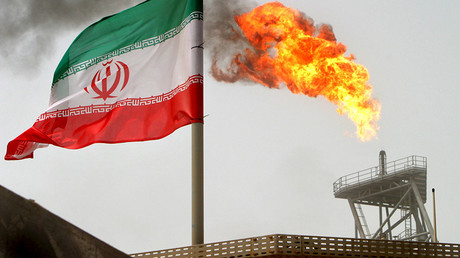 Moscow & Tehran ink energy deals, discuss free trade zone