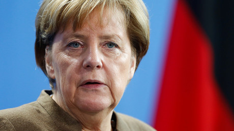 Majority of Germans don't believe Merkel will handle refugee crisis - poll