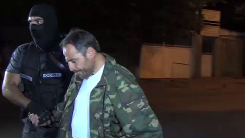 20 Armenian gunmen surrender after 2-week siege of police station (VIDEO)