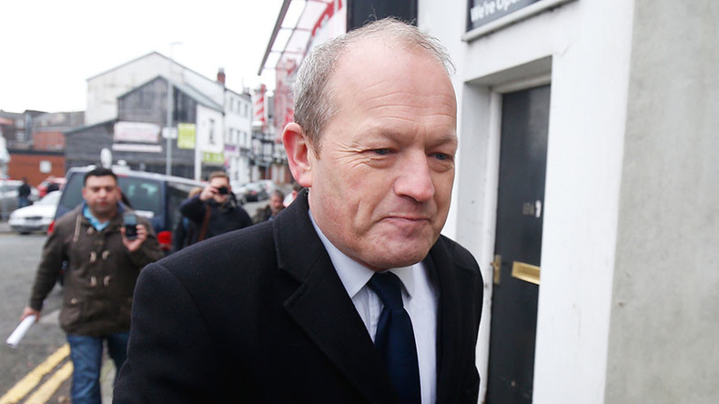 British MP Simon Danczuk, 49, allegedly had sex with 22yo on constituency office desk