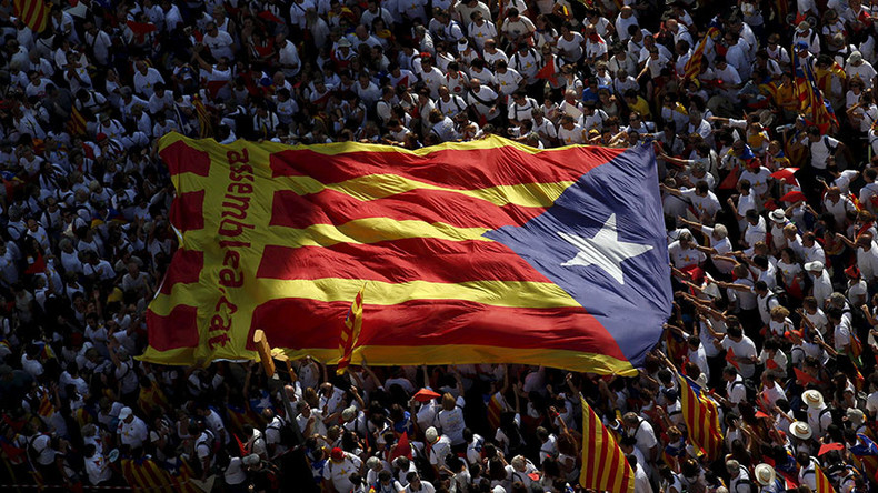 Spanish court suspends Catalonia's independence roadmap