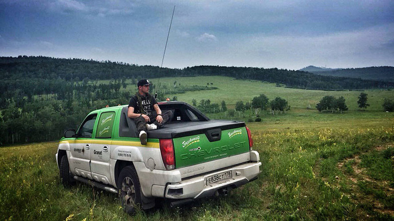 Man takes 13,000-km taxi ride to promote Russian tourism
