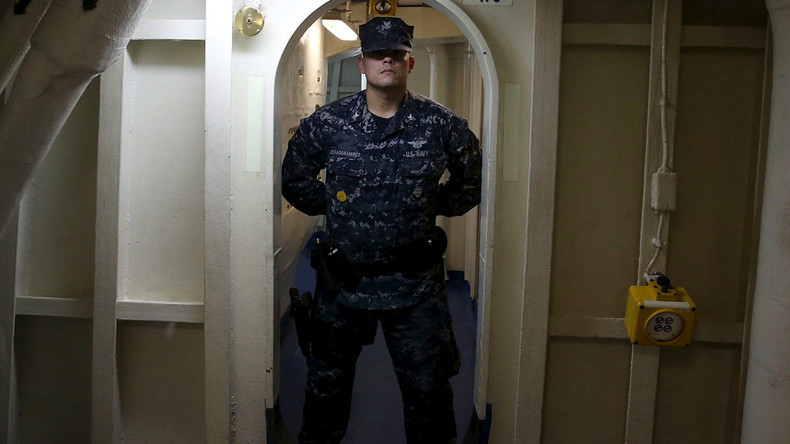US Navy replaces uniform that camouflaged underwater sailors