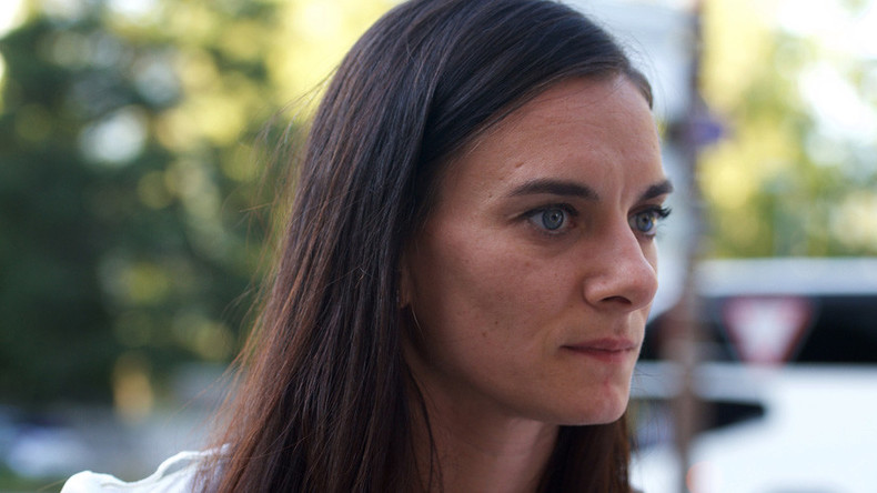Isinbayeva pleads for answers from Coe in last ditch Olympic bid