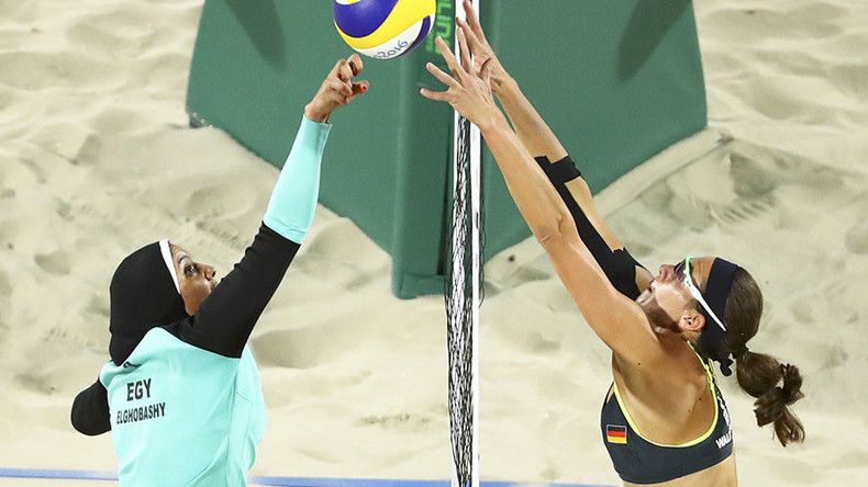 Hijab-wearing volleyball player a smash hit online after Rio Olympics photo