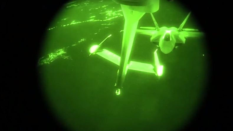 Watch night refueling of F-22 Raptors during anti-ISIS strikes (VIDEO)