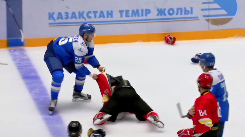 Preseason madness: KHL enforcer Ryspayev takes on whole team - on ice and bench (VIDEO)