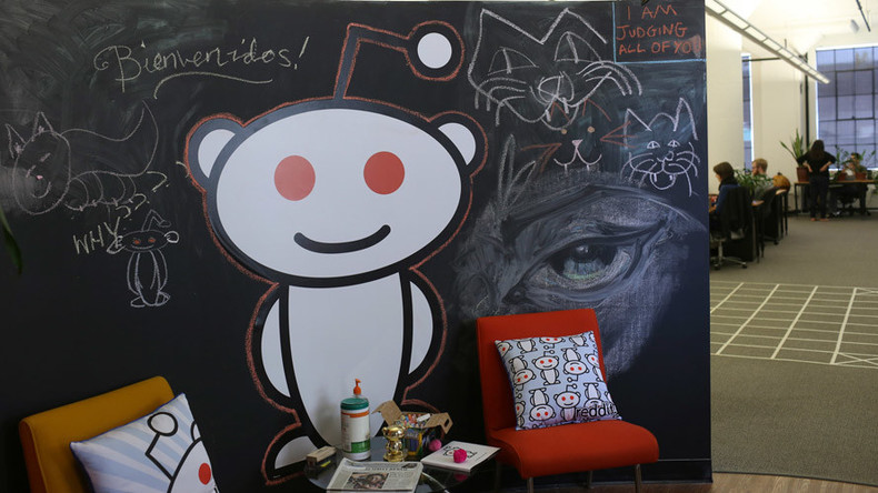 Reddit goes down, users face existential crisis