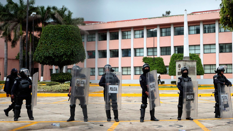 Severed body parts in trash bags and iceboxes dropped near Mexican govt buildings