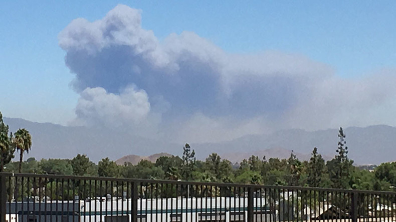 15,000-acre fire spreading rapidly in Southern CA, evacuations underway