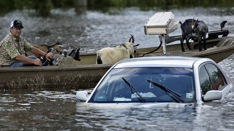 As death toll climbs in Louisiana flooding, Obama officials urge no race, color discrimination