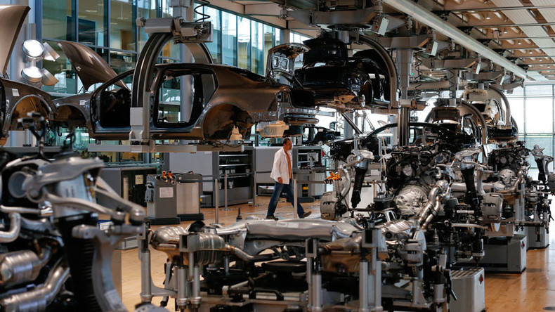 Almost 28,000 workers affected by VW production problems