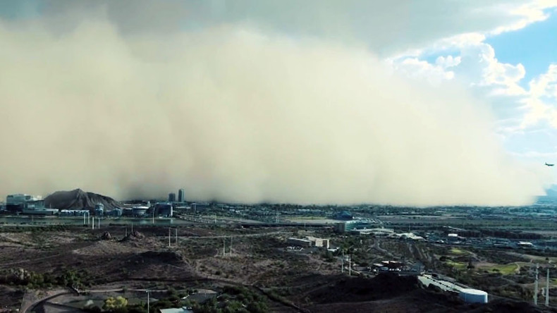 'Wall of dirt': Watch dust storm roll over Phoenix, Arizona (VIDEO)