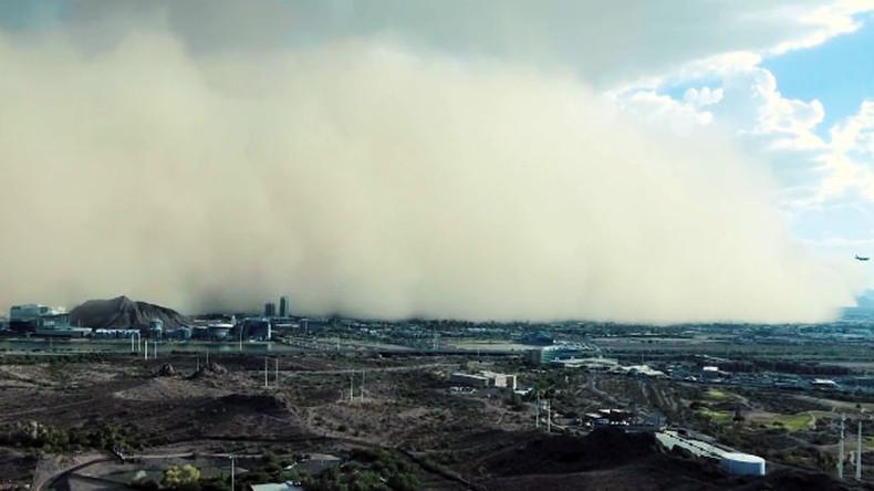'Wall of dirt': Watch dust storm roll over Phoenix, Arizona (VIDEO)