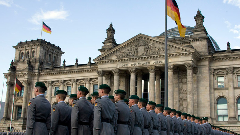 Germany may reintroduce conscription if defense of NATO borders needed – reports