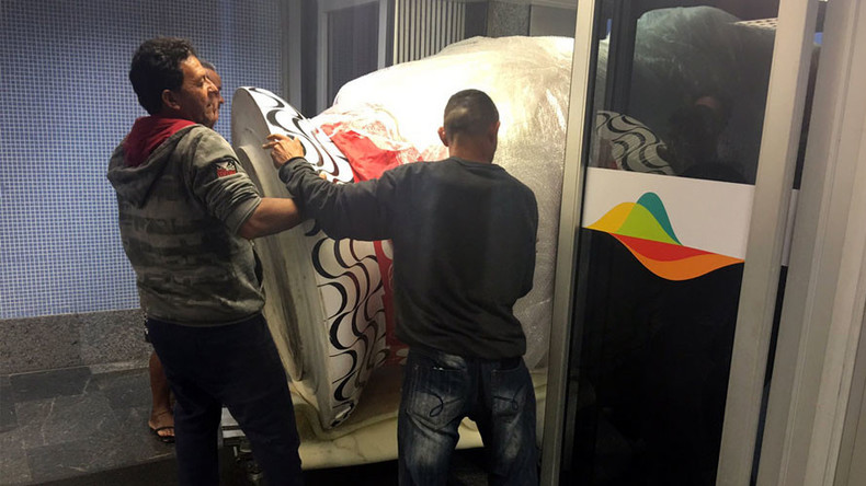 Giant 'Matryoshka from hell' gets Russian Olympic team stuck in Rio airport (PHOTO)