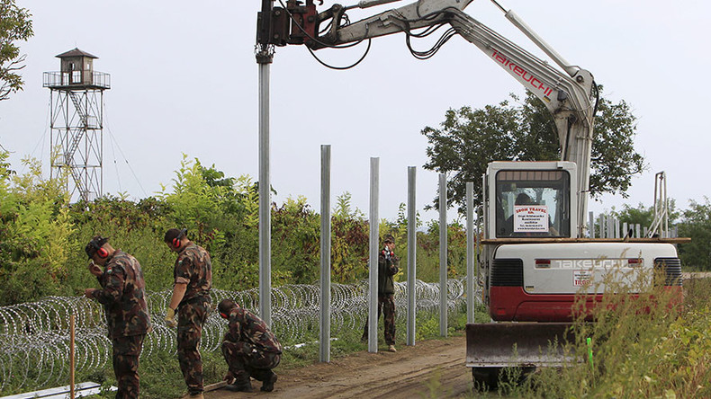 Hungary set to build second fence on Serbian border to stop migrants – Orban