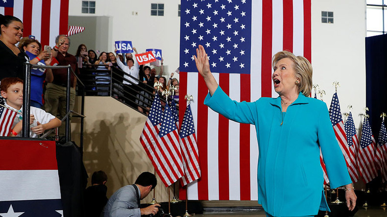 Clinton cranks up Trump-Russia rhetoric as Election Day draws closer