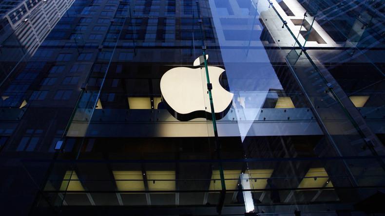 Irish govt rejects €13bn in #Appletax despite massive bailout debt, public vent fury online
