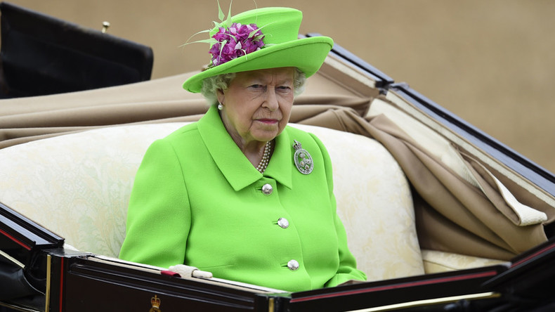 Royal rip-off: Cleaning job for Queen Elizabeth pays less than London Living Wage