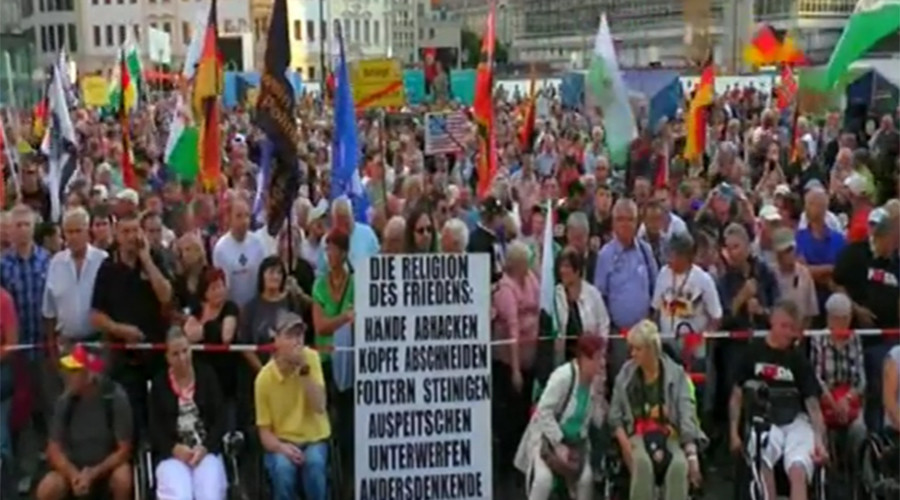 Hundreds join PEGIDA rally in Dresden to protest Berlin's migrant policy