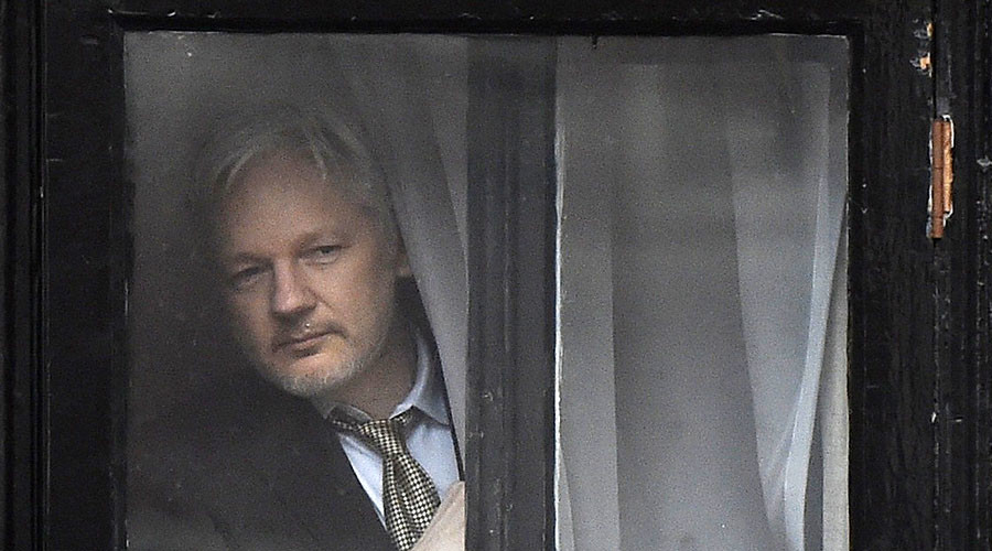 Ecuador warned to end Assange asylum by ex-foreign minister after DNC leak