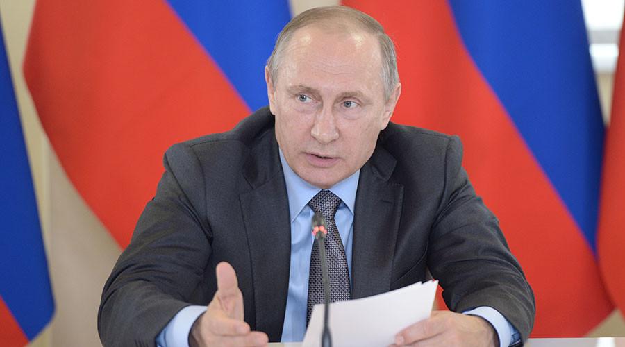 'Kiev has turned to terrorism': Putin on foiled sabotage plot in Crimea