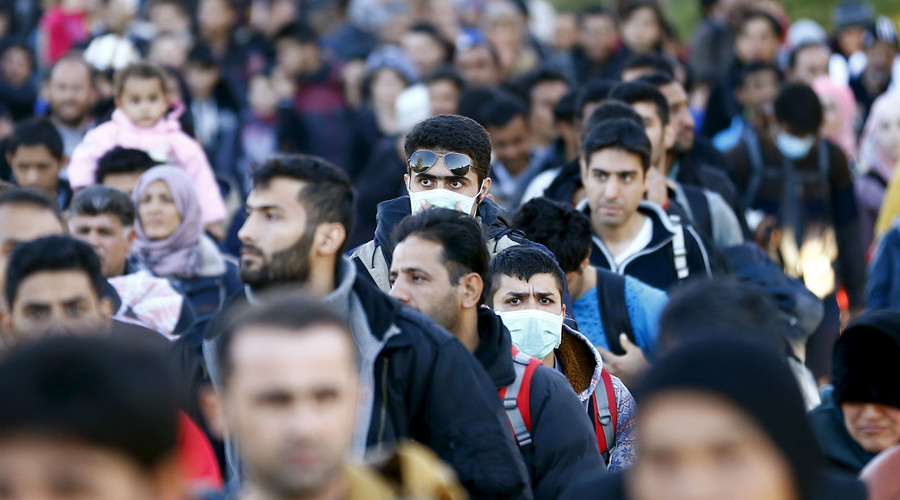 Austria to consider state of emergency decree over refugee crisis