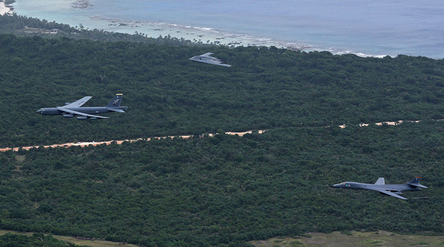 US flies all 3 types of bombers in 'strategic power projection' stunt over Guam (PHOTOS, VIDEO)